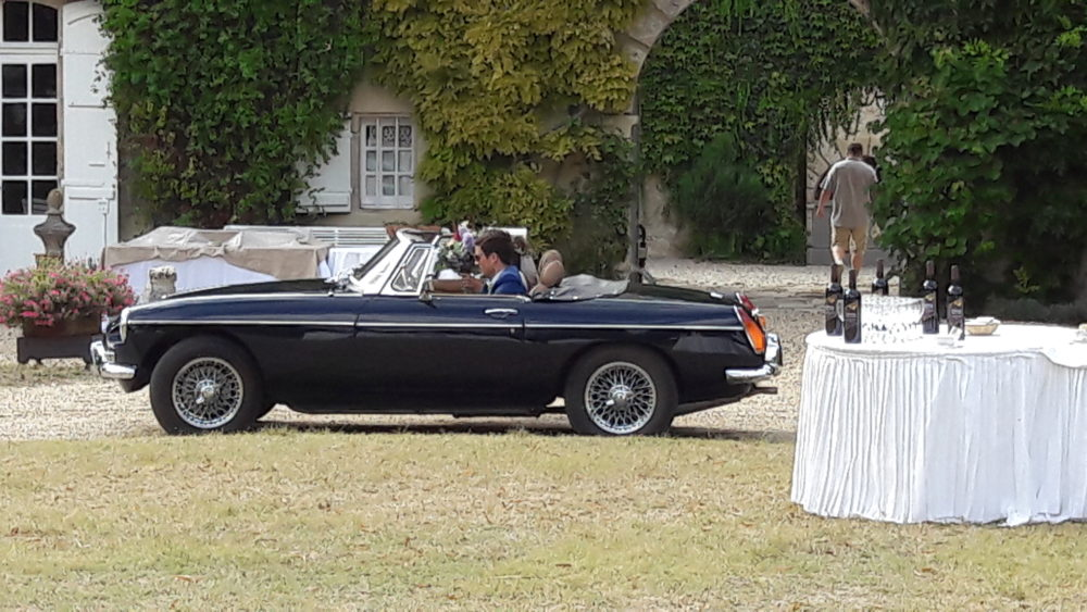 Classic Cars in Gers MGB mariage