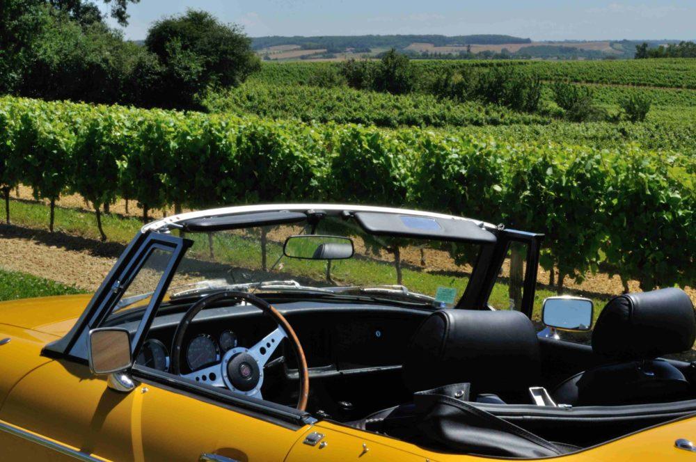 Classic Cars in Gers MGB jaune 4