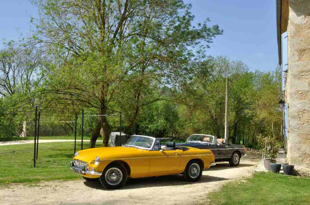 Classic Cars in Gers MGB 2